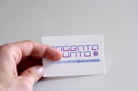 logo_magentaypunto
